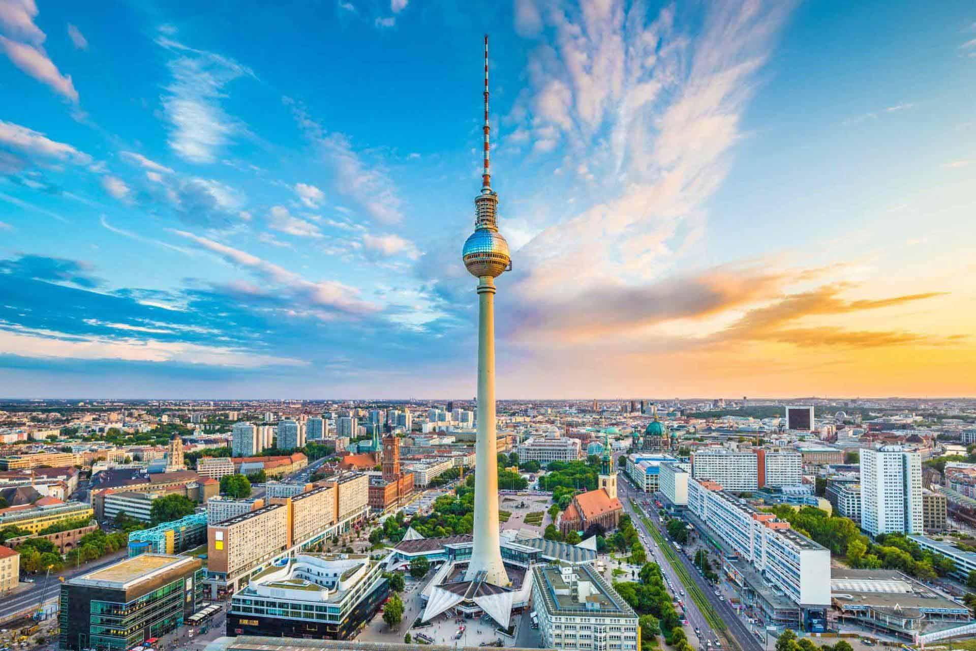 Blick auf den Berliner Fernsehturm in 110m Höhe