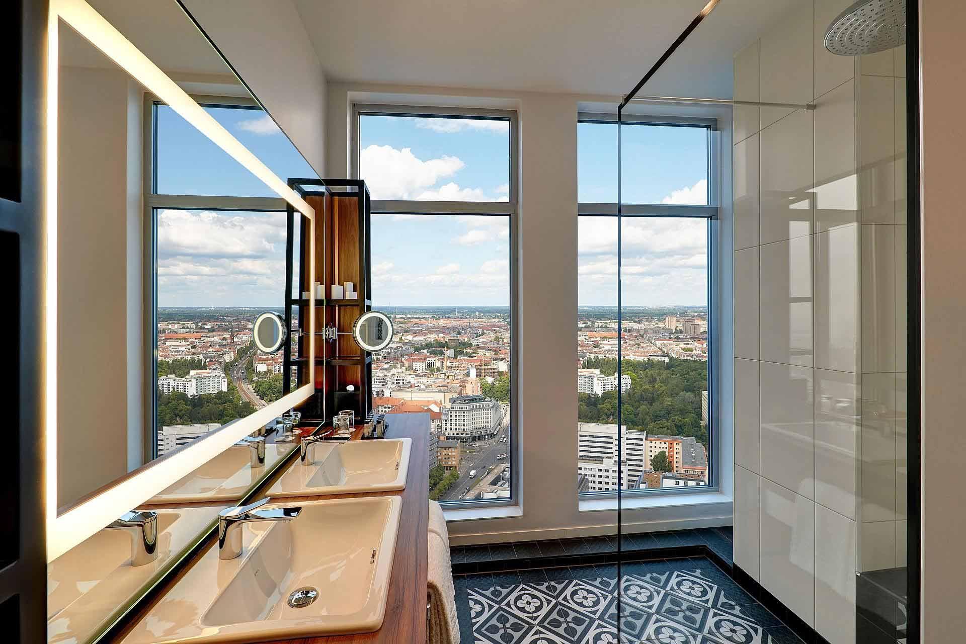 Badezimmer Sky Suite Corner 1920x1280