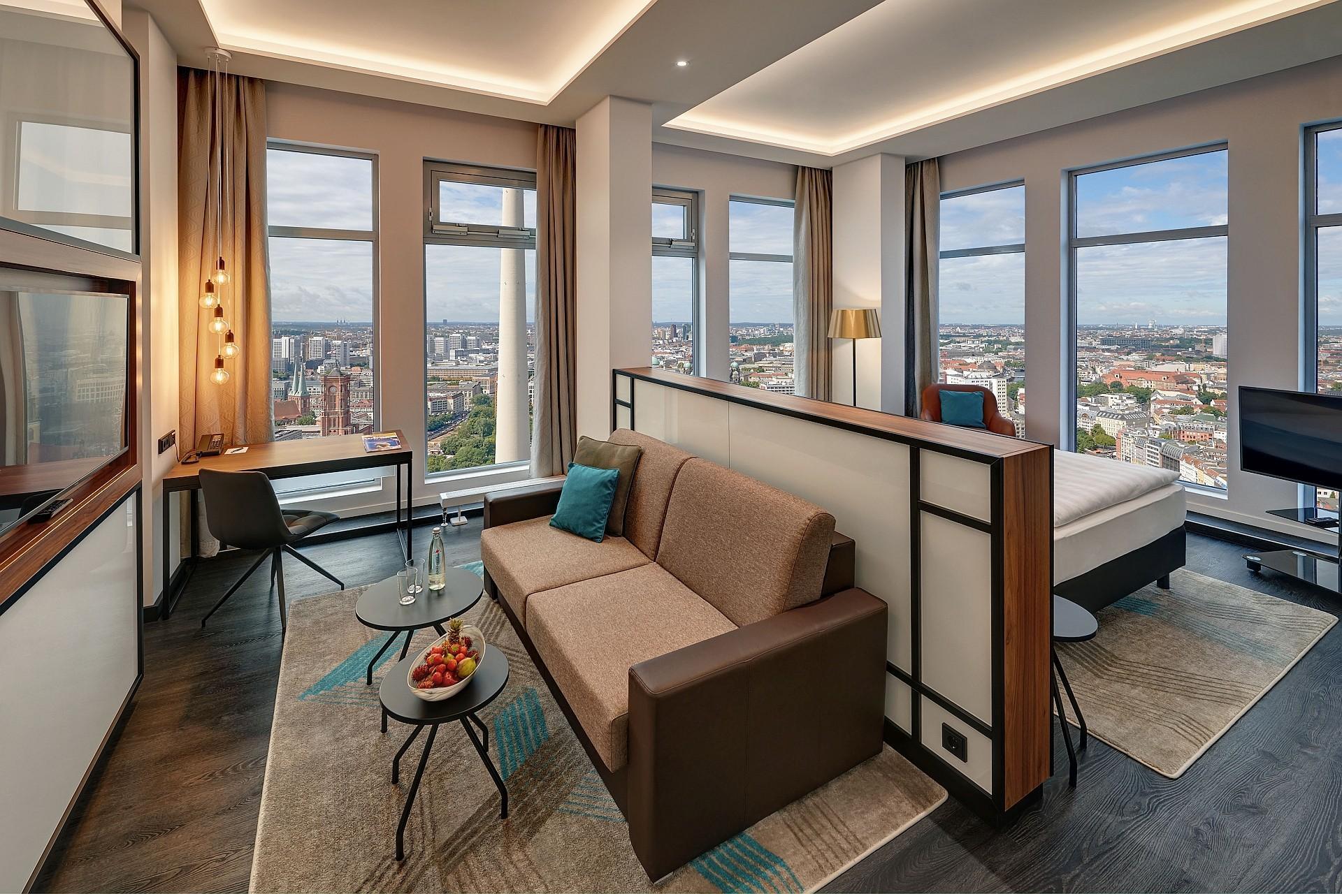 Sky Suite Corner